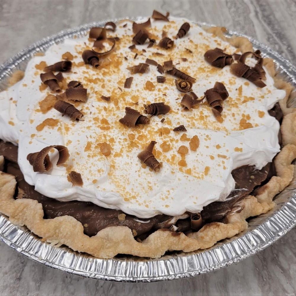 Homemade Chocolate Peanut Butter Cream Pie