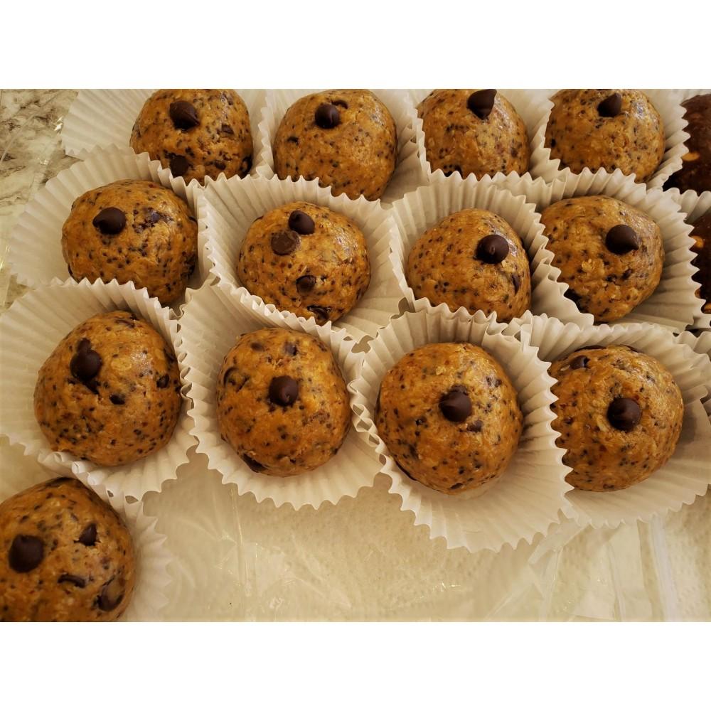 Homemade Chocolate Chip Protein Balls 76 g.